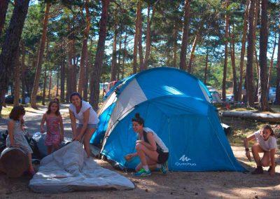 Aloj_Acampada_Montando