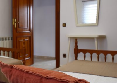 Habitacion_doscamas_espejo